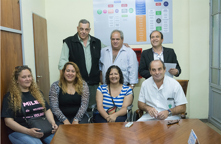 (Conferencia de prensa- Rosana Chávez, Ana Mottino, Norma Urquiza, Carlos Marino, Manuel González y los organizadores de Argentruco)