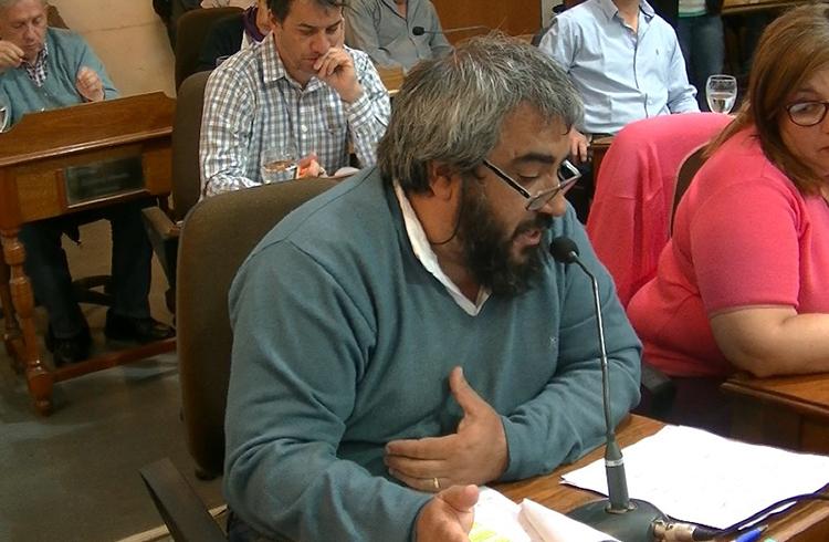 (Concejal Carlos Paz, del Frente para la Victoria)