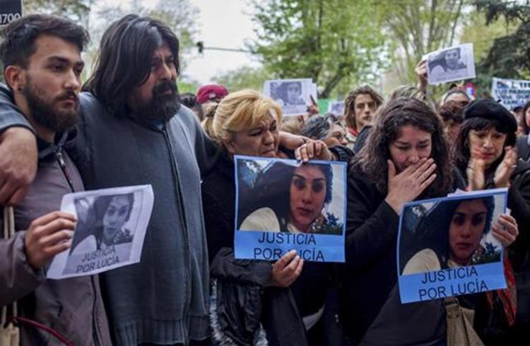 (Familiares de Lucía Pérez, joven asesinada en Mar Del Plata)
