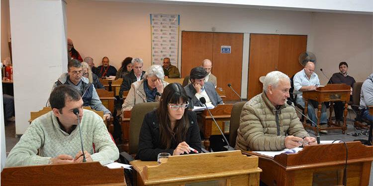 (Foto del concejo deliberante en la sesión del 11 de agosto)
