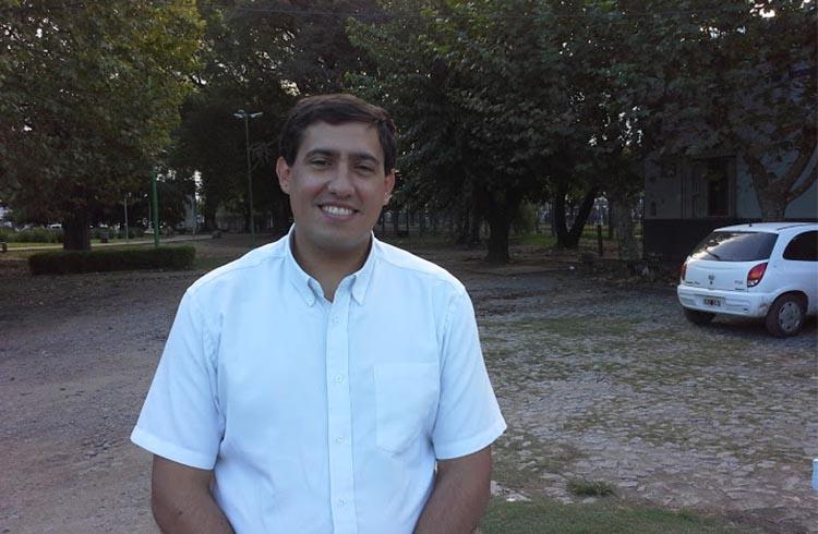 (Ariel Martínez, Presidente del Concejo Escolar)