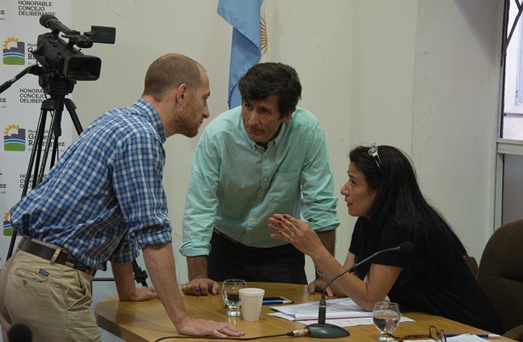(Concejales de la Alianza Cambiemos PRO-UCR: Francisco Pin, Fabián Polverini, María Klanjberg)