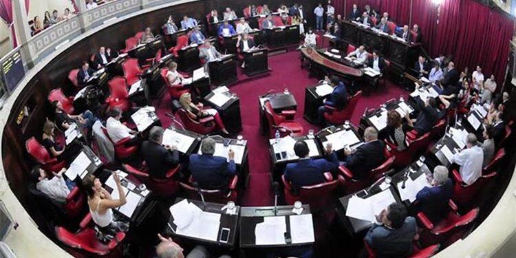 (El Senado de la provincia de Buenos Aires aprobó los nombramientos de jueces, fiscales, y defensores oficiales propuestos por el gobierno provincial, entre los que se encuentran el del fiscal general del departamento Moreno-General Rodríguez)