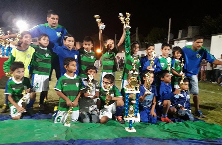 ( Defensores de Gral. Rodríguez, campeón categoría 2009 )