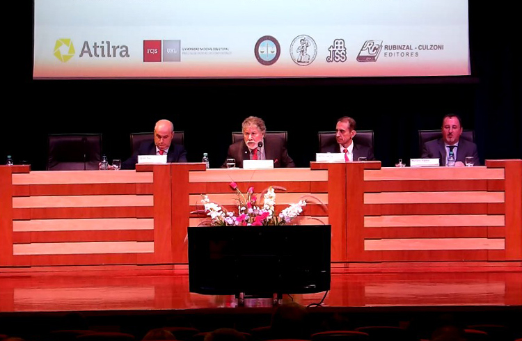 ( Dr. Javier Aga, Hector Ponce, Dr. Héctor García, Dr. Mariano Vigano )