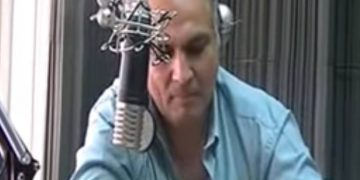 Periodista Alejandro Kewski