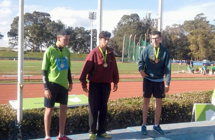 Juan pomilio 3° en salto en largo PC 37 (atletismo especial)