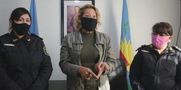 De Izq. a Derecha: Comisaria, Fernanda Girotti; Secretaria de Seguridad de General Rodríguez, Ana Mottino; Coordinadora Zonal de Políticas de Genero de Gral. Rodríguez-Moreno, Alejandra Sergio